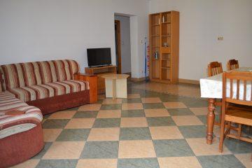 Debrecen, Honvéd utca - Tágas lakás kiadó a Belvárostól néhány percre